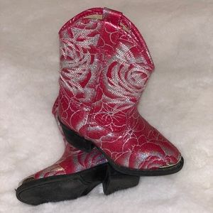 Toddler pink sparkle cowboy boots.